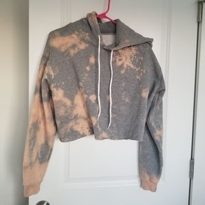 Wild Fable Cropped Bleach Tie Dye Sweatshirt M